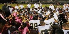 football-team-prayer-facebook_800w_tn