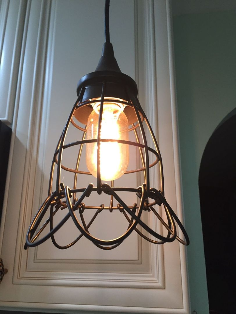 screw-in-pendant-light