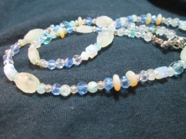 Sweet aquamarine and opal short neclace
